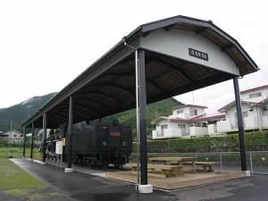 蒸気機関車上屋工事